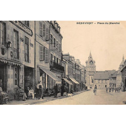 BENEVENT L'ABBAYE : place...