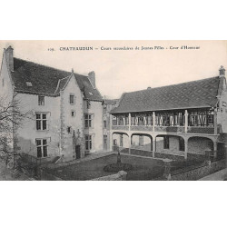 CHATEAUDUN - Cours...