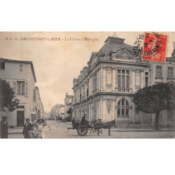 FRANCE : BERRIAS : la rue,...